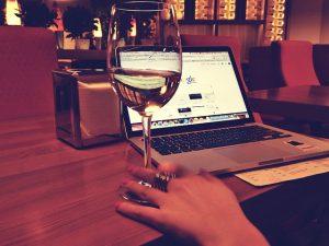 macbook-925914_640