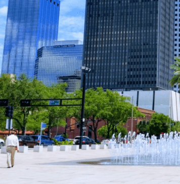 splash pads and water parks in Tampa Bay
