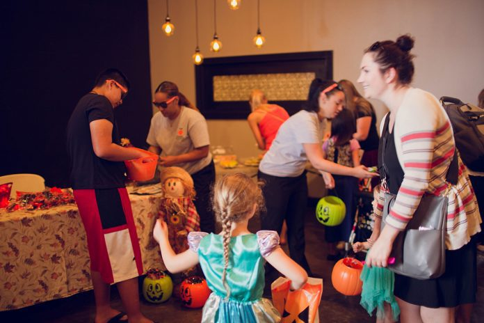 Tampa Bay Moms Blog Spooktacular 2017 by Ashley Yvonne Photography-10