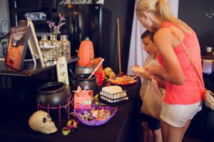 Tampa Bay Moms Blog Spooktacular 2017 by Ashley Yvonne Photography-23