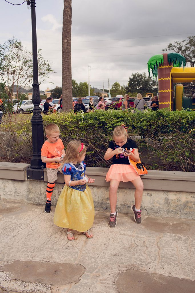 Tampa Bay Moms Blog Spooktacular 2017 by Ashley Yvonne Photography-54