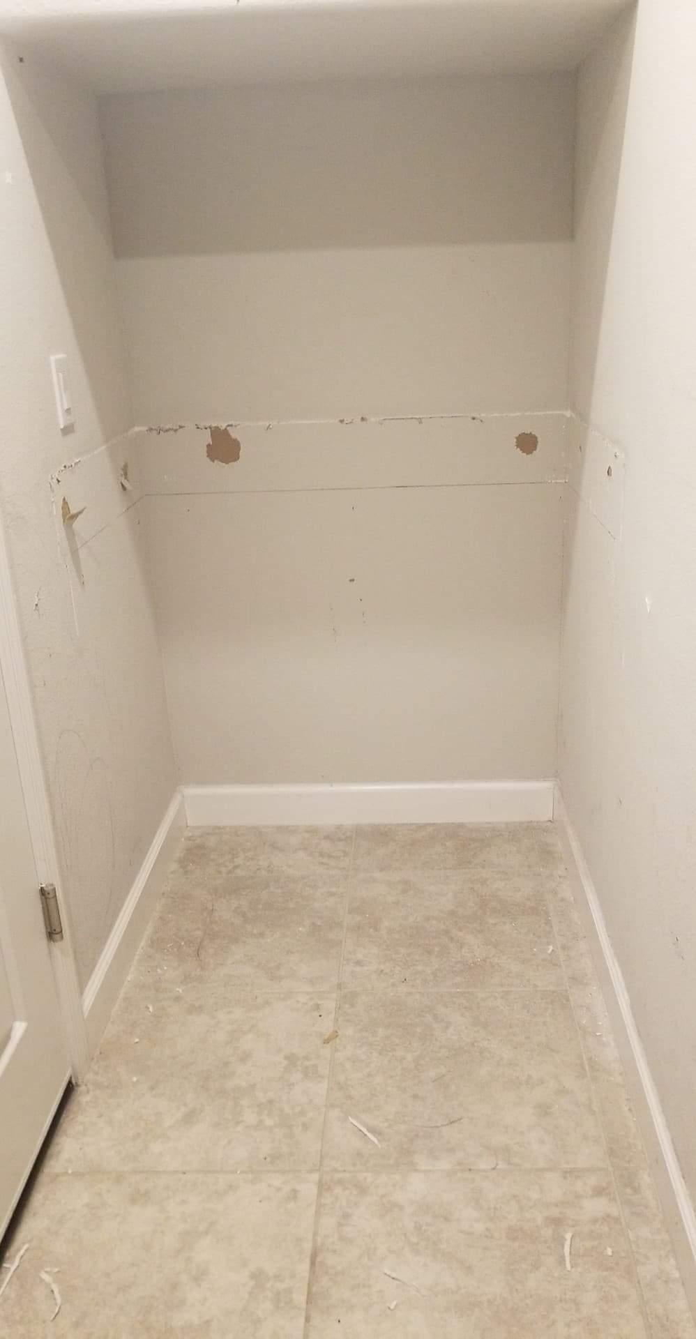 empty nook