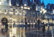 Paris in the rain - A love letter to old souls